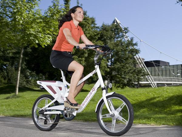 Faire du vélo électrique